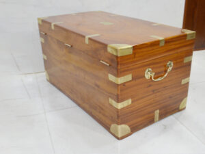 Wood Chest with brass fitting